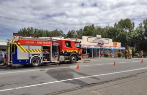 ON THE SCENE: A fire engine at the Pauatahanui General Store where a fire broke out in the kitchen today.  Phil Reid/FAIRFAX NZ